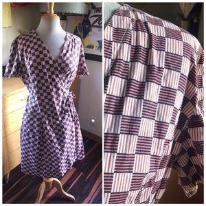 Vintage 1940s Dress Wrap Novelty Print 40s